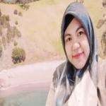 Restria Mulyani - Guru Bahasa Inggris